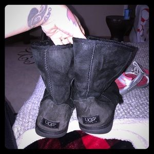 Mid calf UGG black boots